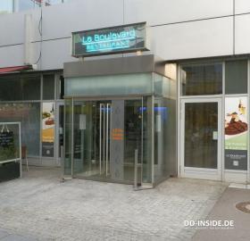www.pullman-dresden-newa.com